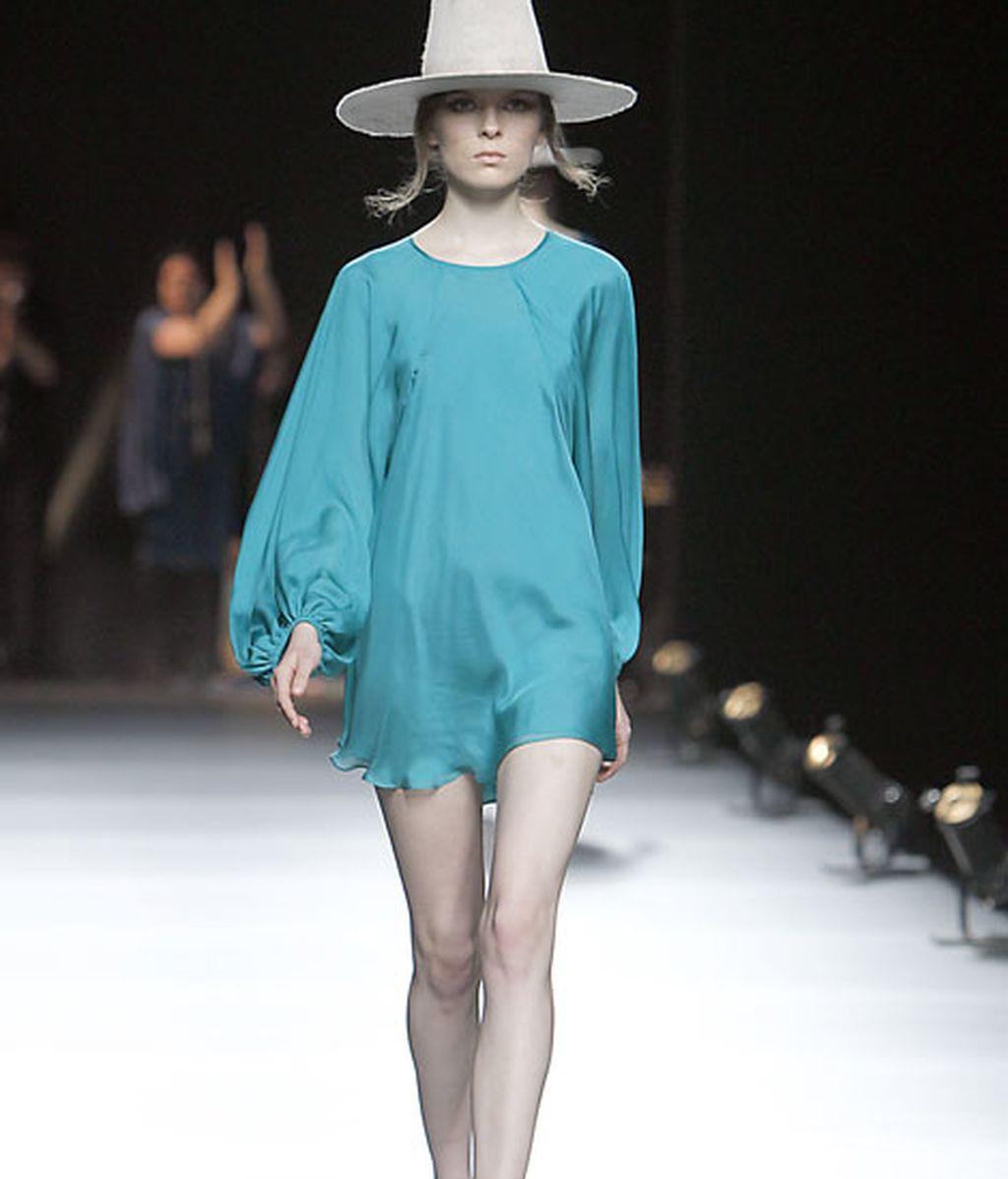 Acento en los 'sombreros chimenea' como complemento