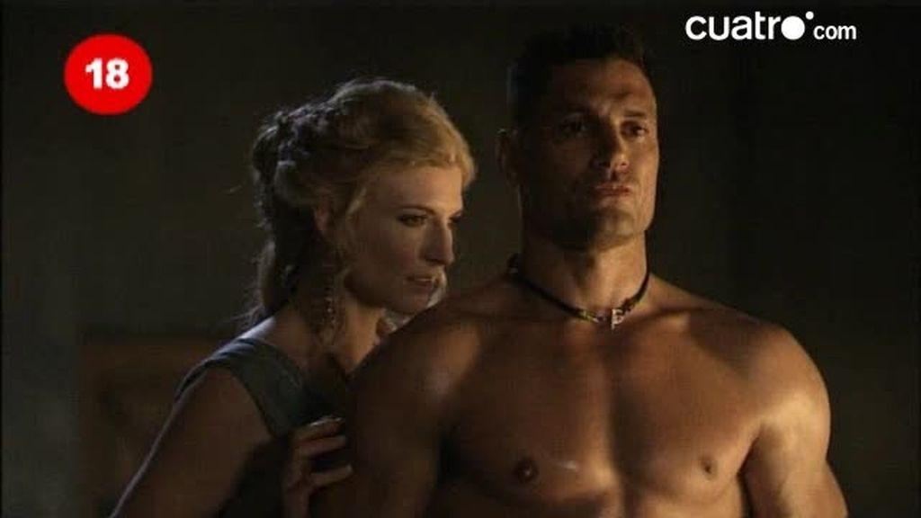 Ilithyia le pide a Crixus que se desnude