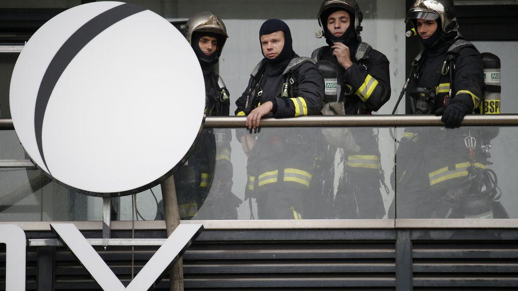El museo de Ciencias de París sufre un aparatoso incendio