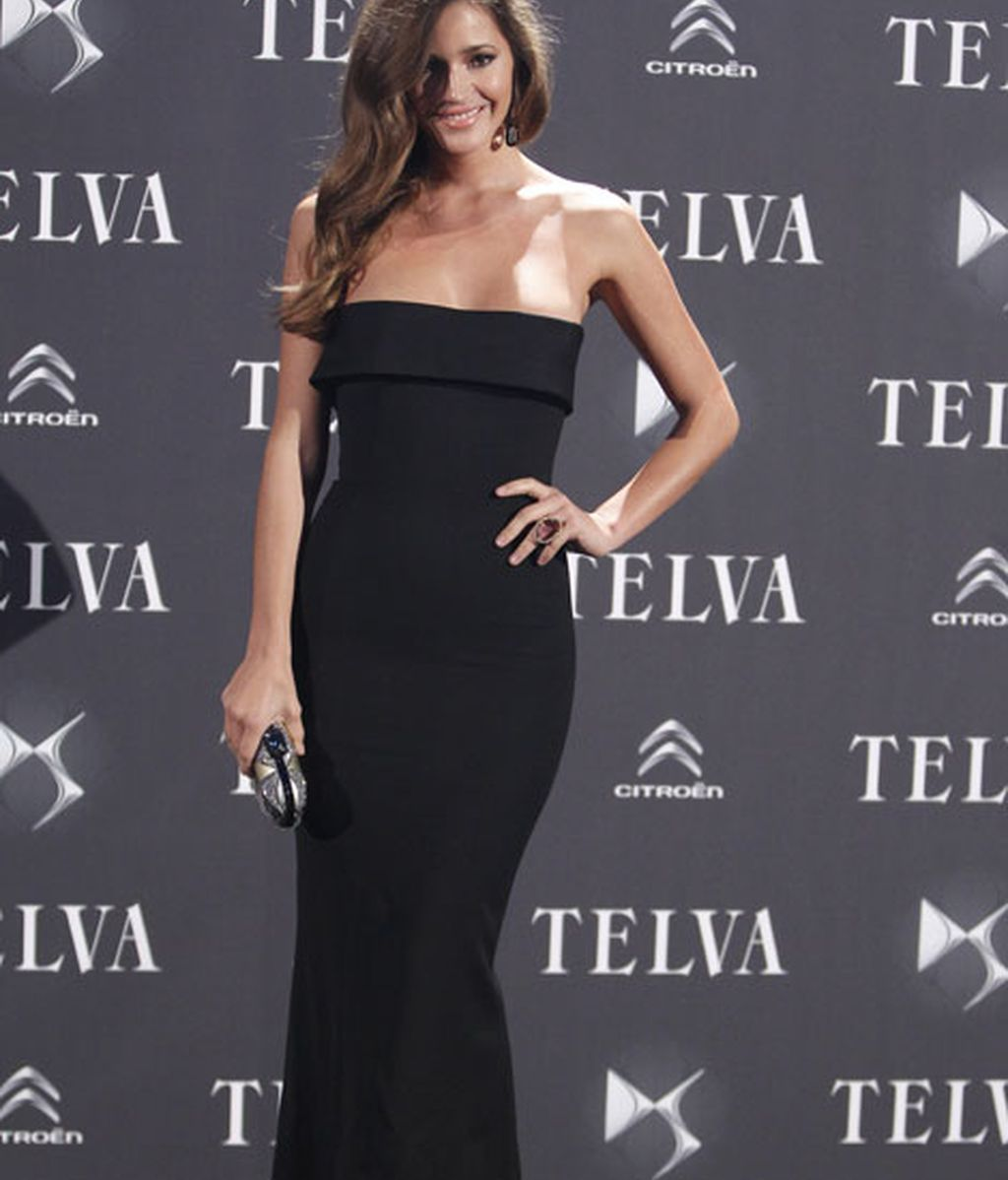 Malena Costa lució un elegante vestido negro