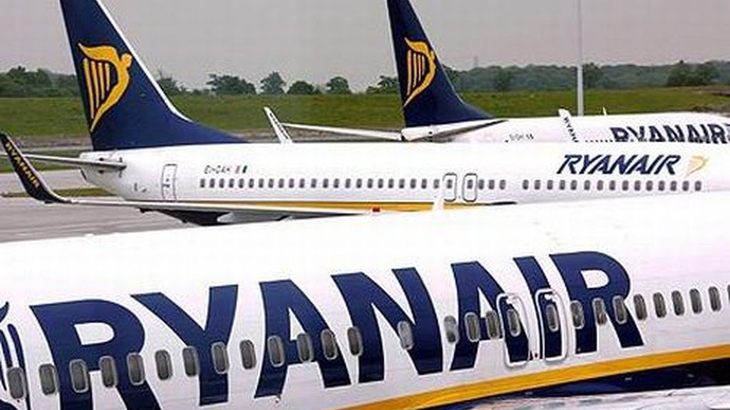 Aviones de Ryanair aterrizan de emergencia en Valencia por falta de combustible