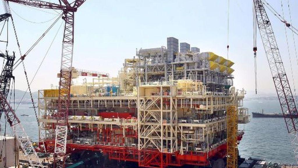 La mayor plataforma petrolífera sobre el mar del mundo