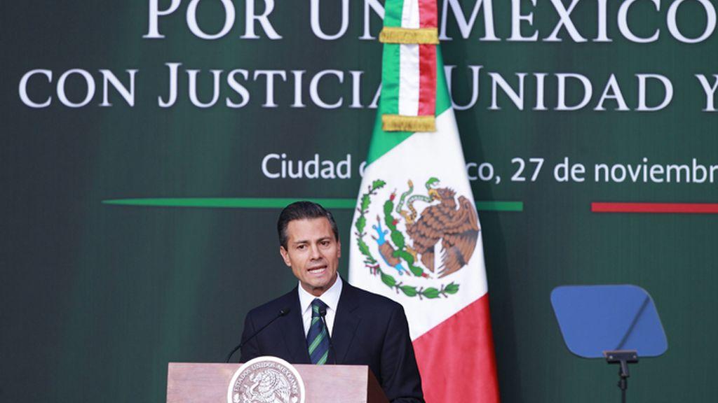 Peña Nieto presenta su plan de reformas contra el crimen organizado