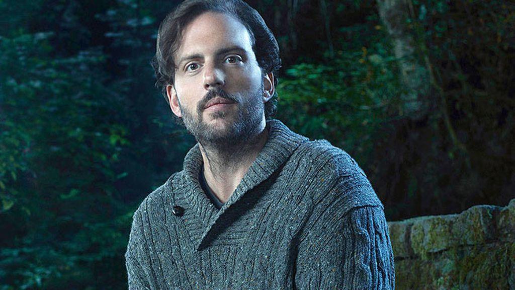 Silas Weir Mitchell es Monroe, una criatura mitológica que ayudará a Nick en sus investigaciones