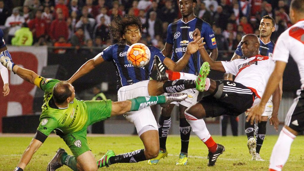 River Plate no repetirá título (05/05/2016)