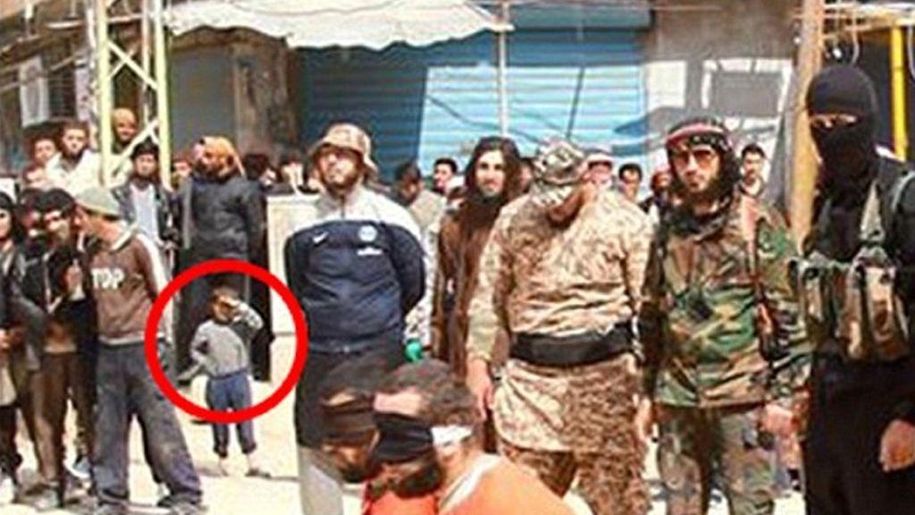 Ejecuciones ante menores del Estado Islámico