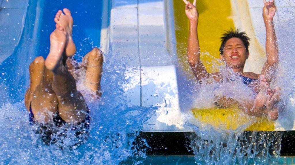 """""""¡Contratamos una excursión al parque acuático y nadie nos avisó de que teníamos que llevar toallas y bañadores!"""""""
