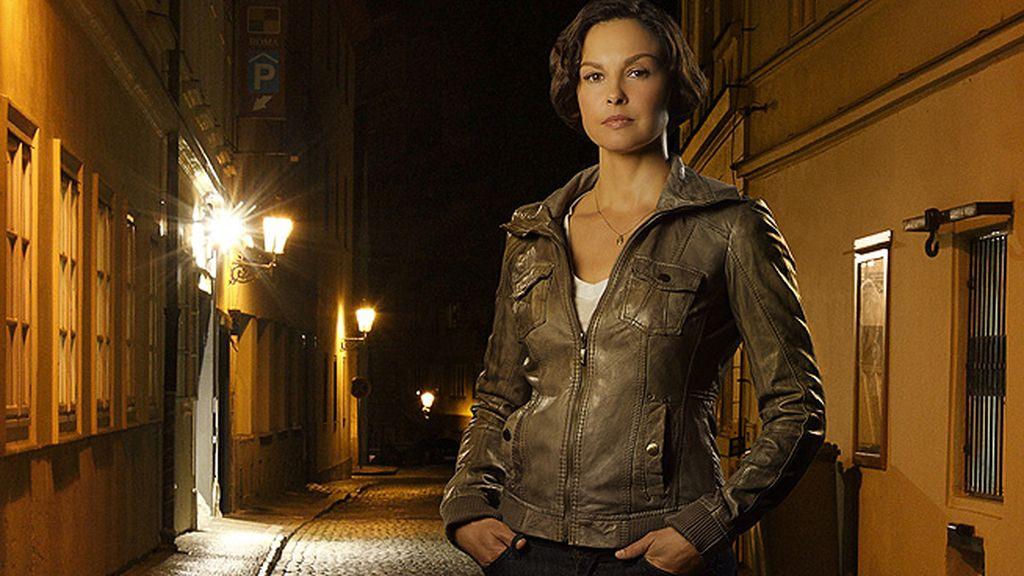 Becca Winstone (Ashley Judd)