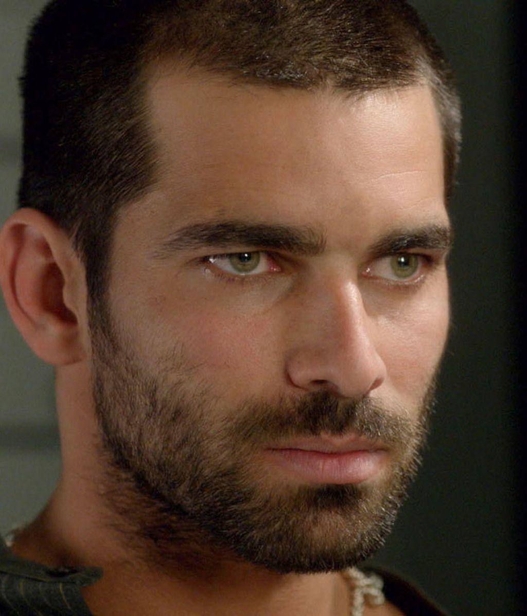 Faruq Ben Barek (Rubén Cortada), narcotraficante