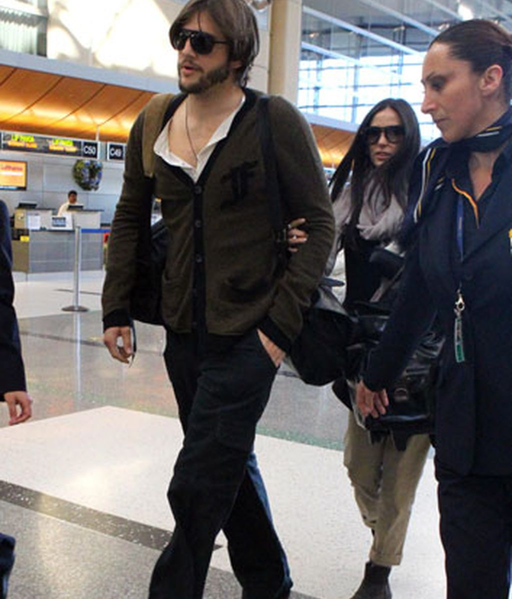 Demi Moore y Ashton Kutcher, dos viajeros más en EEUU