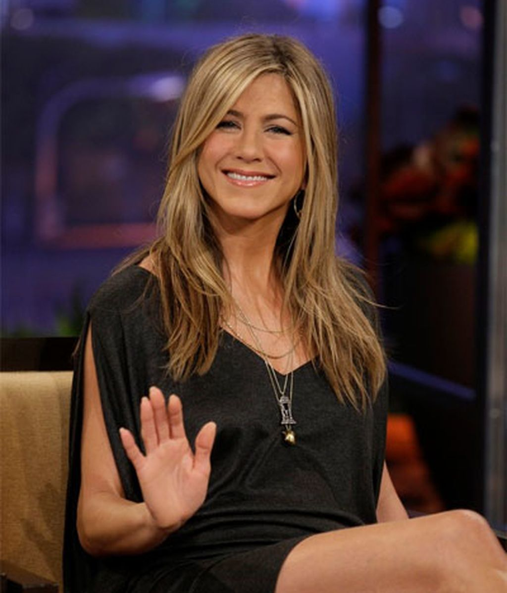 Jennifer Aniston (41)