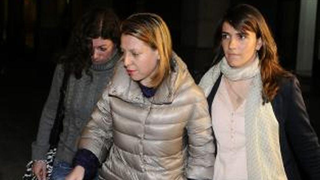 Irene Sabalete entra a decalarar ante el juez