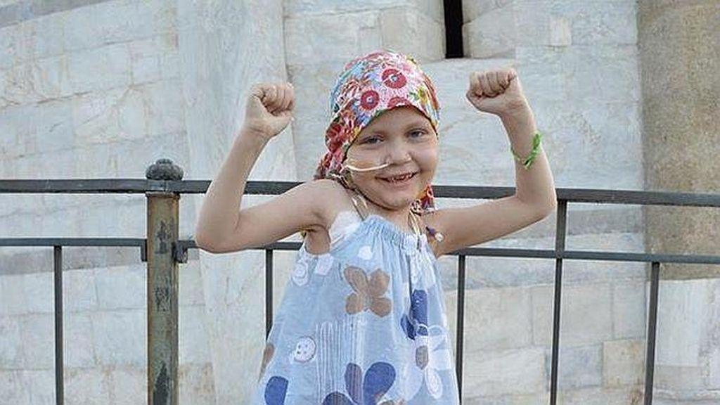 Una niña de ocho años vence un extraño cáncer