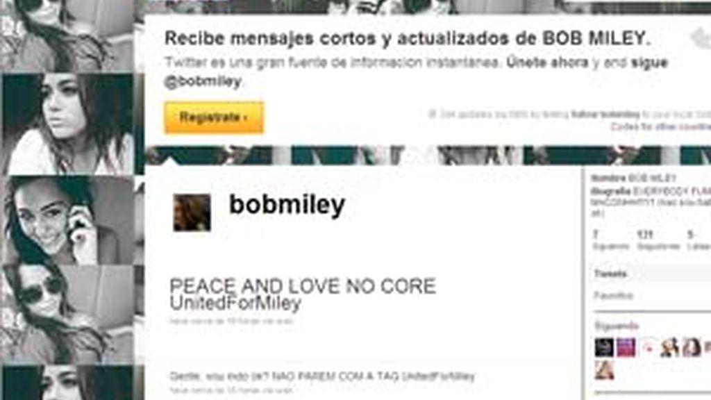 En Twitter Miley Cyrus aparece como 'BobMiley'.