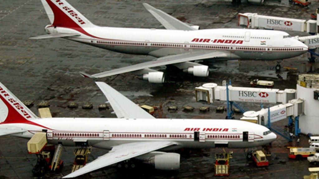 Un piloto rechaza volar sin su copiloto favorita y hace esperar dos horas a los pasajeros