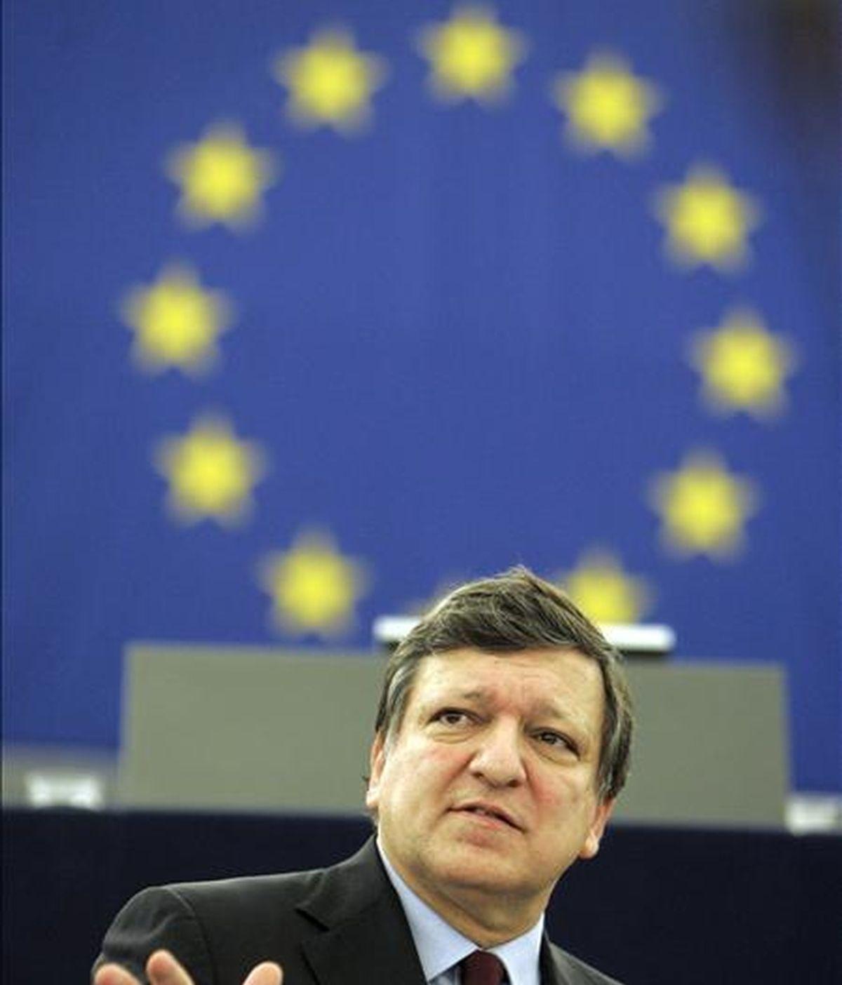 """El presidente de la Comisión Europea, José Manuel Durao Barroso, ha reiterado hoy su """"confianza"""" en España y Portugal para hacer frente al que ha calificado como """"difícil"""" y hasta """"doloroso"""" año para la eurozona a nivel económico. EFE/Archivo"""
