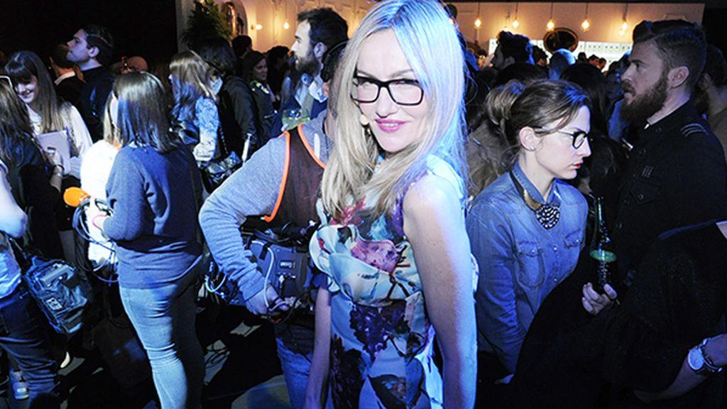 Clara Courel siempre guapa, con gafas o sin ellas, en la MBFWM