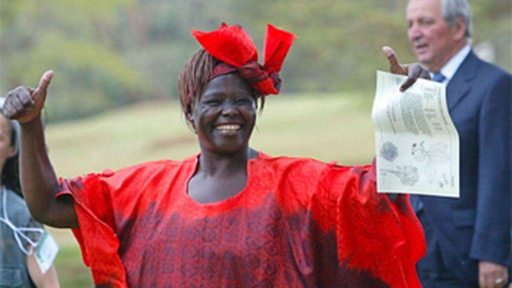 Wangari Maathai,, Premio Nobel de la Paz, fue activista de Amnistía Internacional, que intercedió varias veces cuando fue encarcelada en los años 90. Foto AP