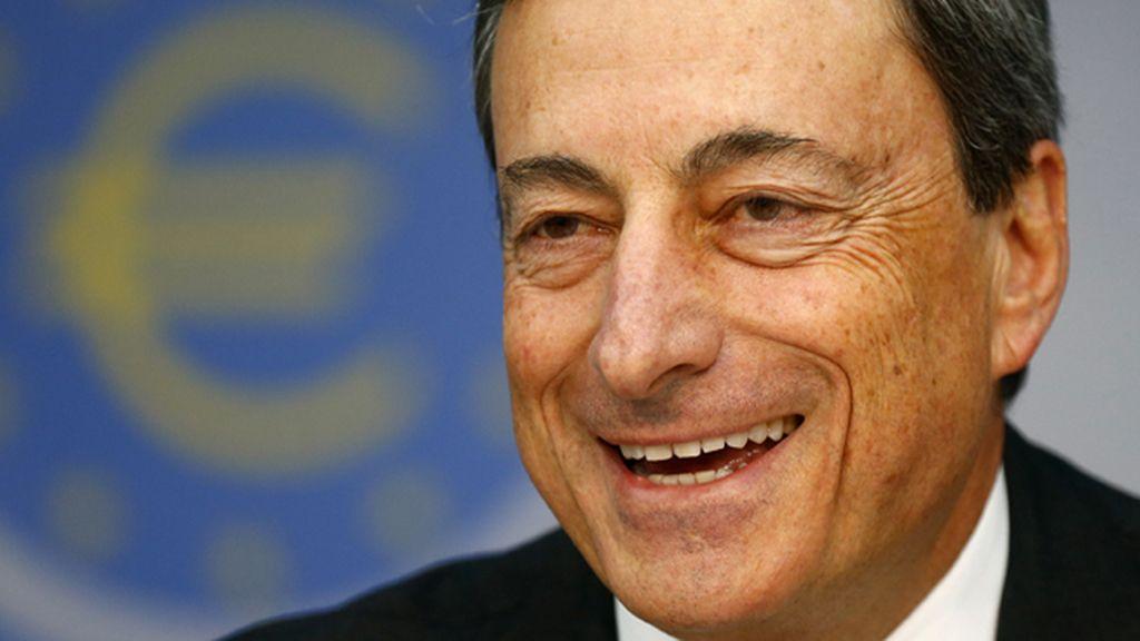 """Draghi reafirma su compromiso de tipos muy bajos por un periodo """"extenso"""" de tiempo"""
