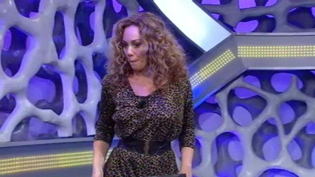 Raquel Martos rompe una cámara en El Hormiguero