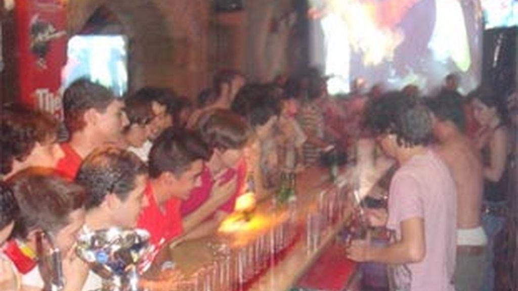 'La Antigua', el bar elegido para ver el último partido de España en la Copa.