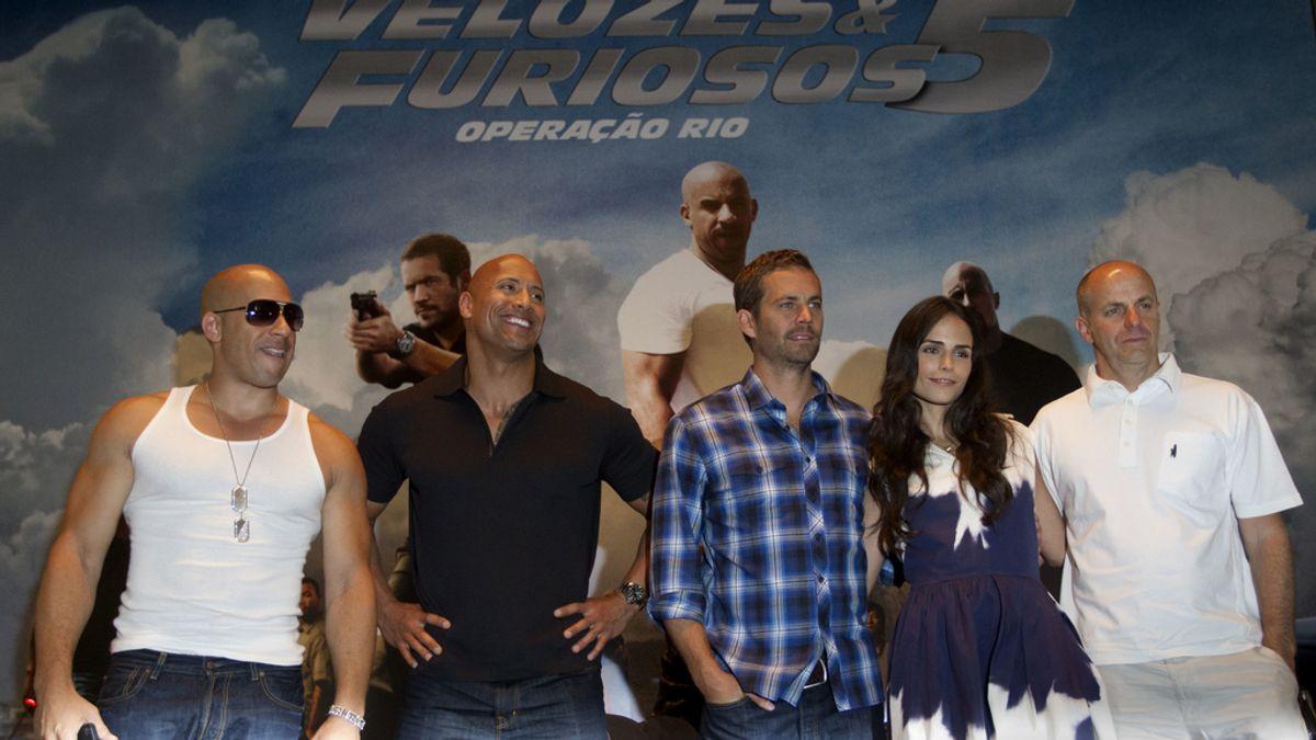 Vin Diesel, Dwayne Johnson, Paul Walker, Jordana Brewster y Neal Moritz