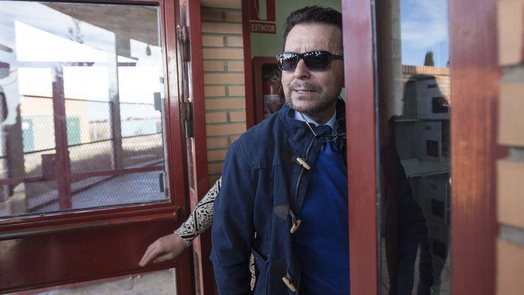 El diestro Ortega Cano a su entrada en la cárcel de Zuera (Zaragoza)