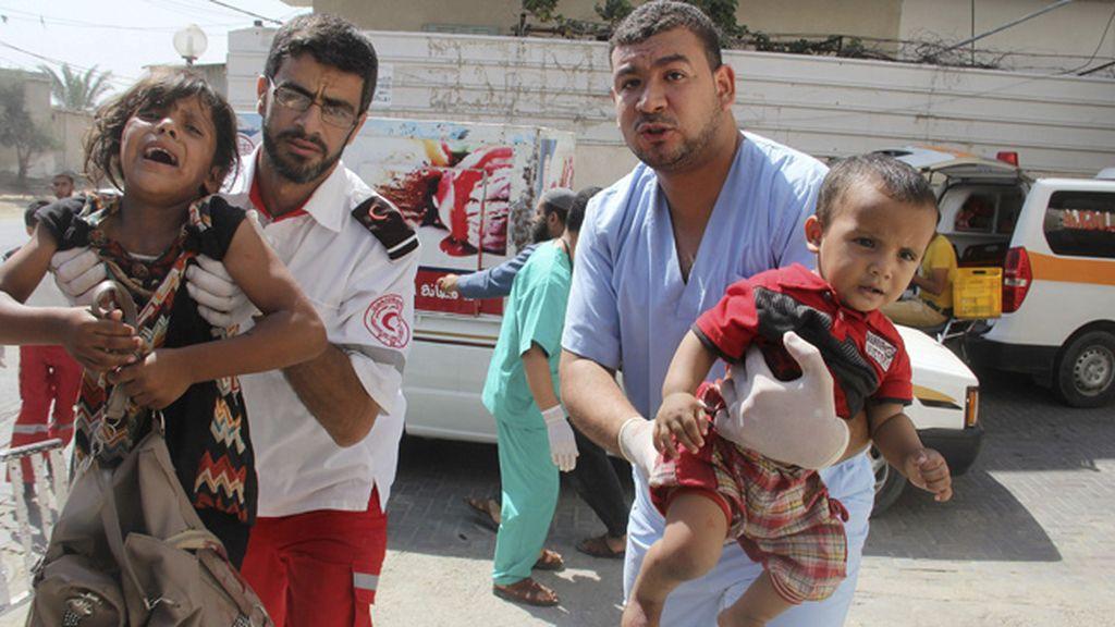 Palestinos informan de 70 muertos en Rafah y acusan a Israel de violar el alto el fuego