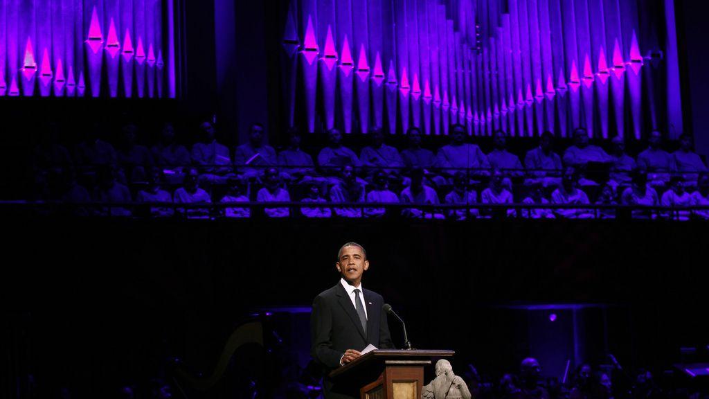 El homenaje a las víctimas concluye con un discurso de Obama en el Centro Kennedy