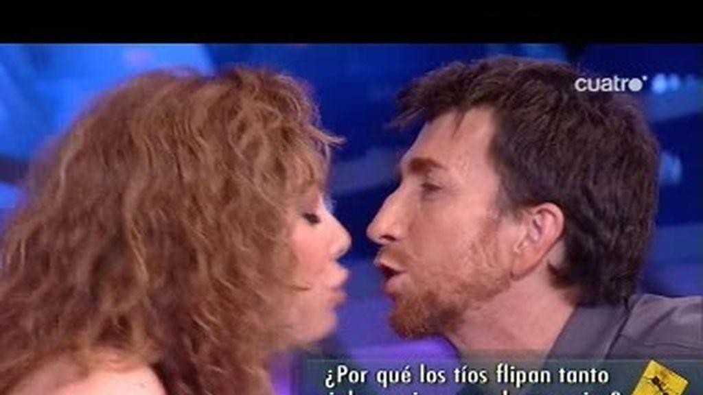 Raquel Martos y Pablo Motos estrenan sección en El Hormiguero con picos a diestro y siniestro