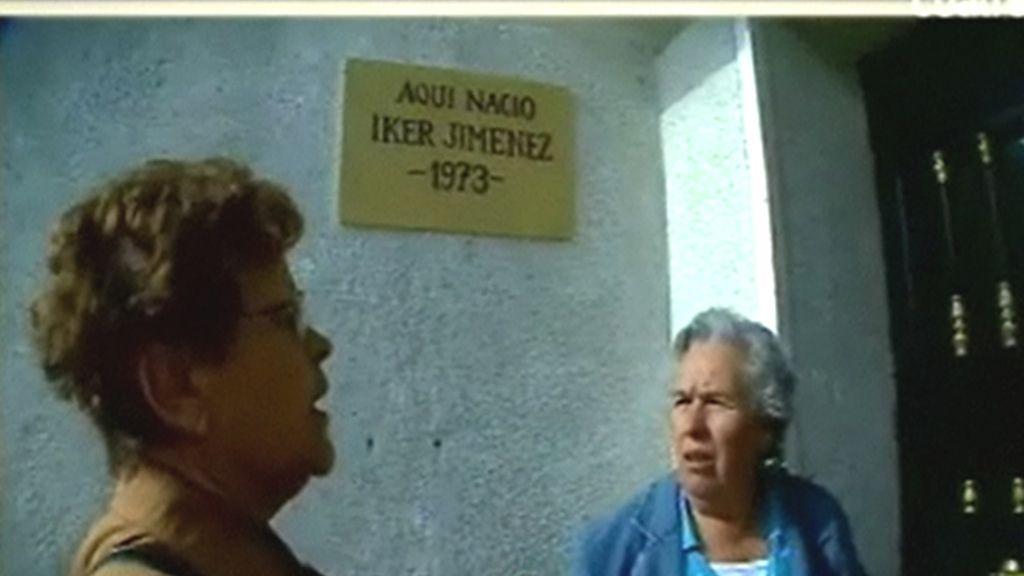 Águeda conoce a la madre de Iker Jiménez