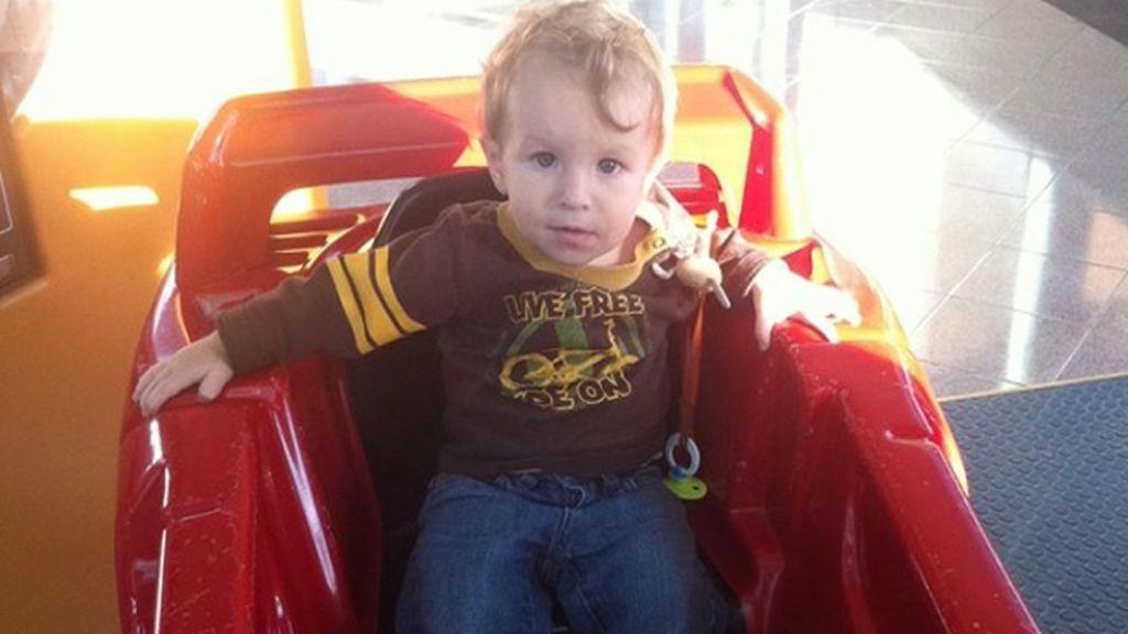 El pequeño Ezekiel murió de meningitis porque sus padres optaron por no llevarle al médico