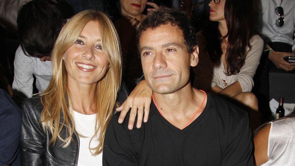 Cayetana Guillén Cuervo y su marido Omar Ayashi