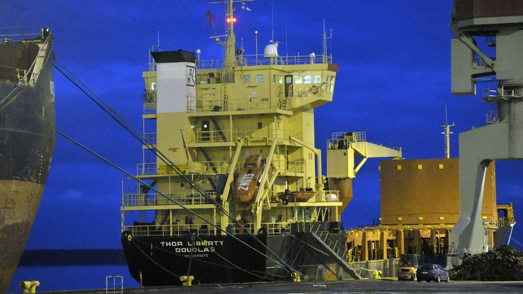 Las autoridades de Finlandia localizan 69 misiles Patriot ocultos en un carguero