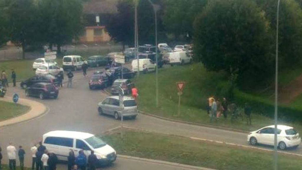 Tiroteo en un campo gitano en Francia: Tres muertos, entre ellos un niño