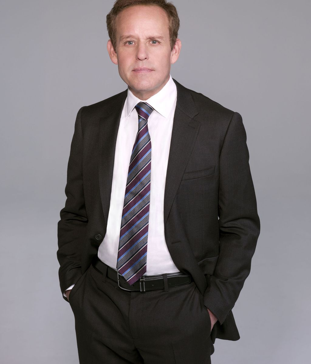 Peter MacNicol es Stavros Sifter