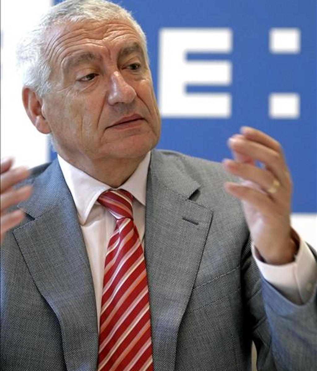 El presidente de la Federación Valenciana de Empresarios de la Construcción (FEVEC), Juan Eloy Durá, señaló, en los Desayunos de la Agencia EFE, al año 2011 como el comienzo de la recuperación en el mercado de la vivienda, aunque advierte de que la evolución de la demanda será lenta. EFE