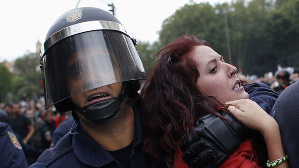 Cargas policiales alrededor del Congreso