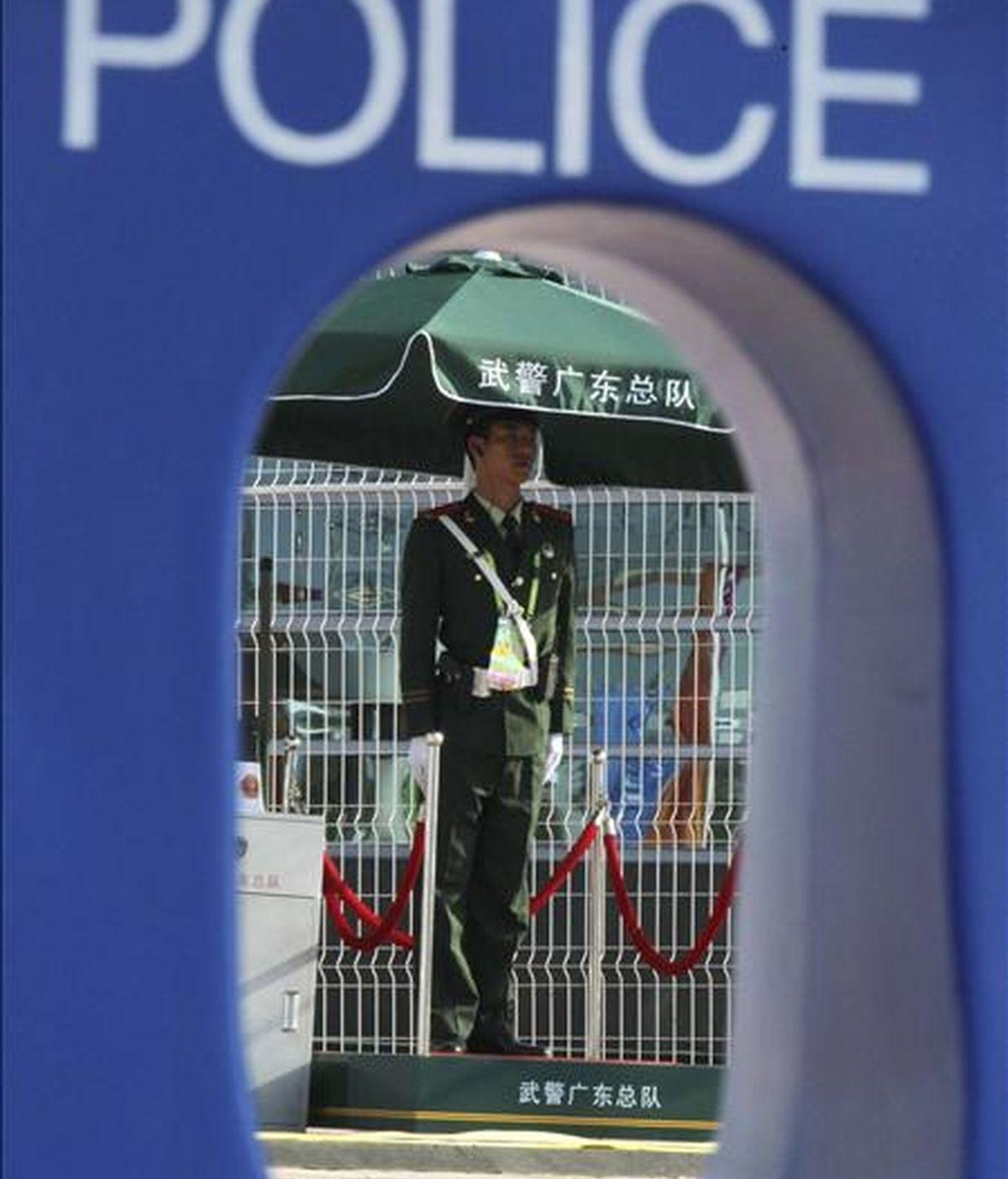 Imagen de un policía paramilitar china. EFE/Archivo