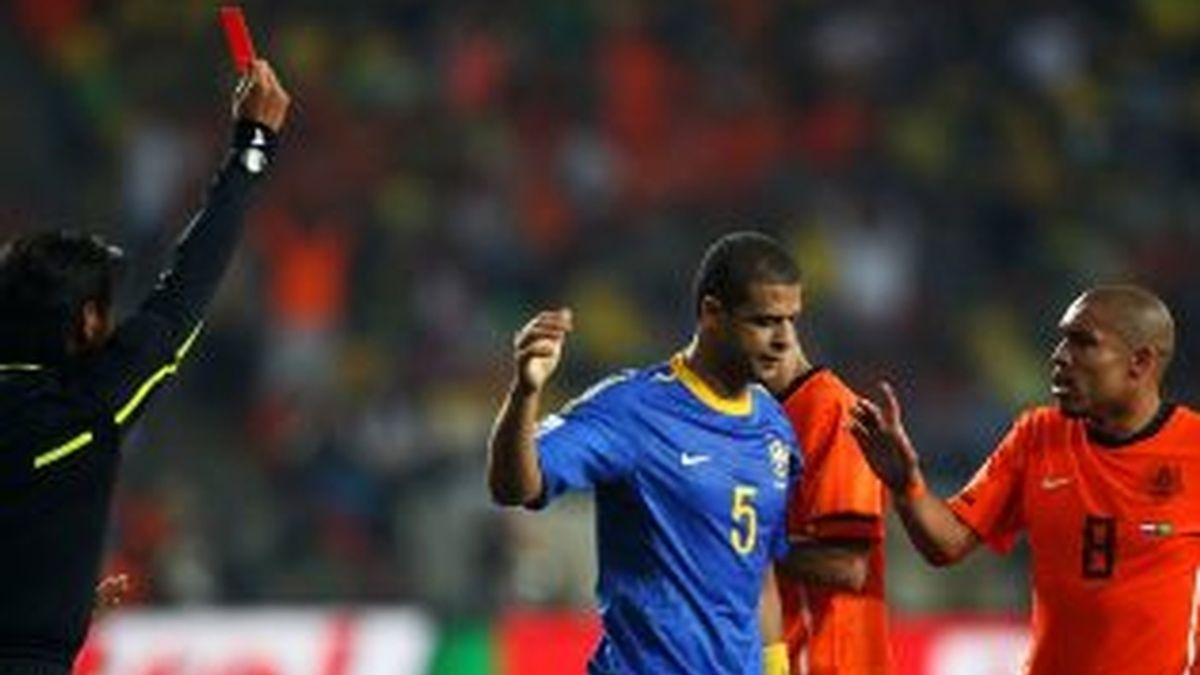 Melo ve la roja ante Holanda. Foto: Getty