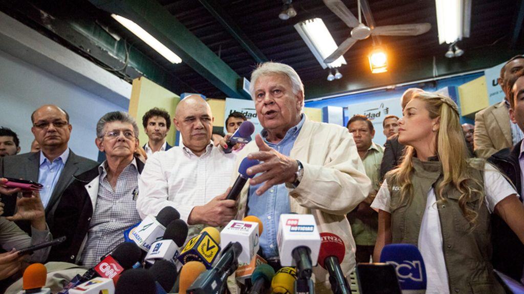 Felipe González se reúne en Caracas con opositores a Maduro