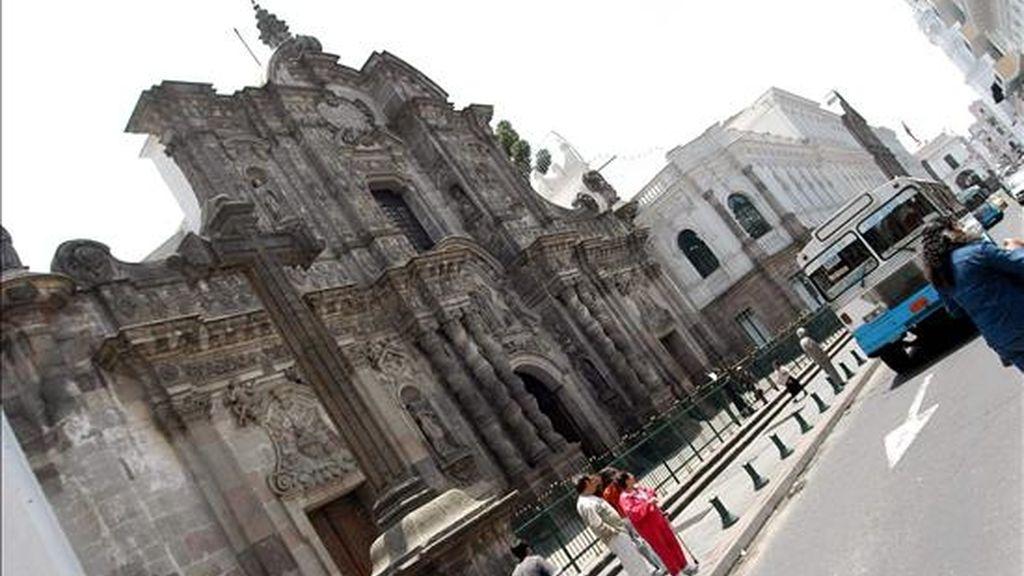 La segunda etapa se cumplirá entre abril y junio y en ella se pretende difundir la idea de Quito como patrimonio artístico y religioso. EFE/Archivo