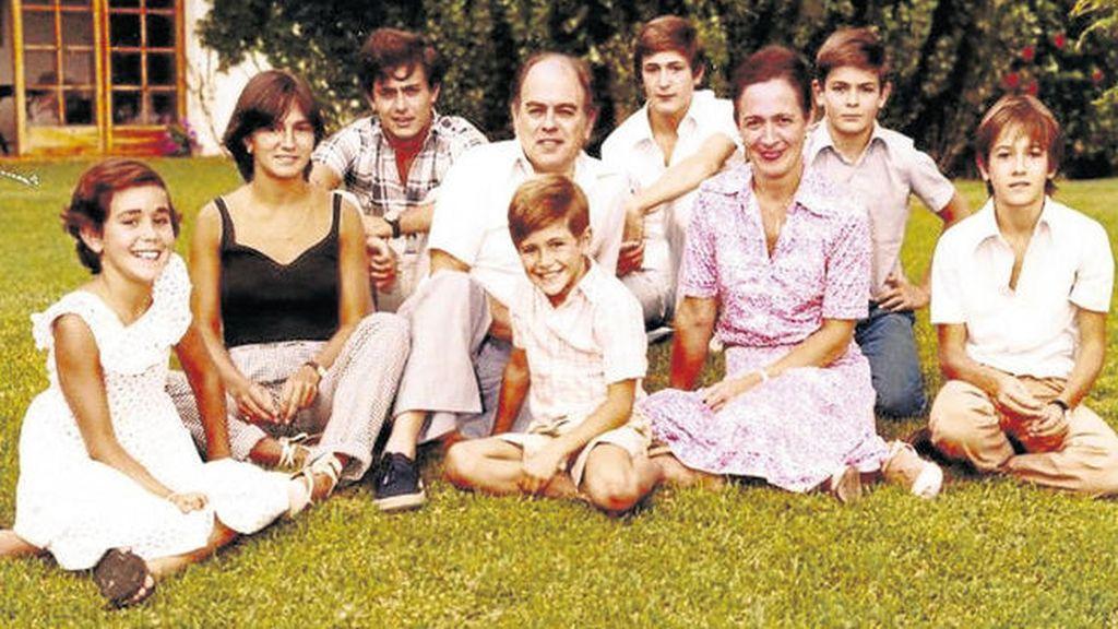 Desde hoy toda la familia Pujol está imputada: el 'expresident', su esposa y sus siete hijos