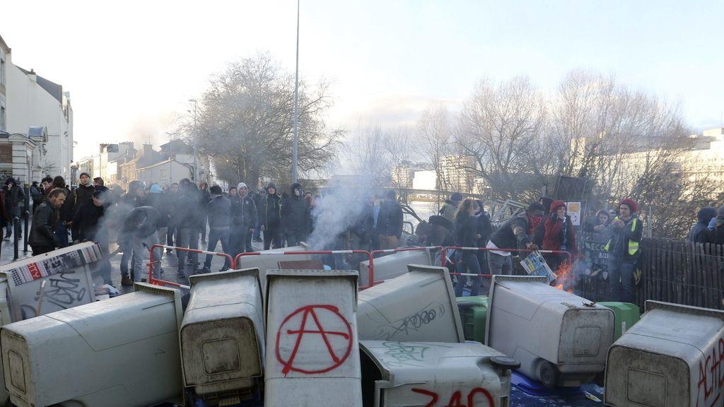 Disturbios en manifestaciones contra la violencia policial en Nantes y Toulouse