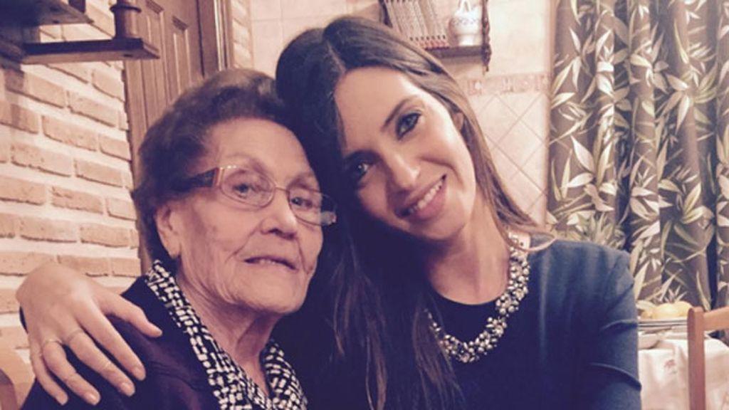 """Sara Carbonero pasó con su abuela: """"Nochebuena, muy buena"""""""