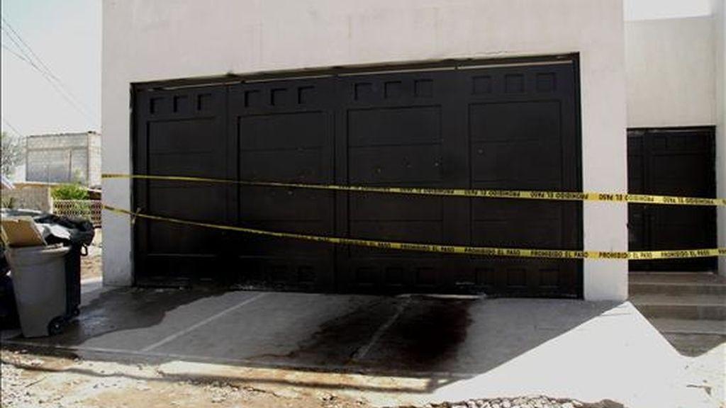 """Aspecto del exterior de la quinta """"Italia In"""" en  Torreón, estado de Coahuila (México), donde 17 personas fueron asesinadas y 18 más resultaron heridas tras el ataque de un grupo de presuntos sicarios durante la celebración de una fiesta. EFE/El Siglo de Torreón"""