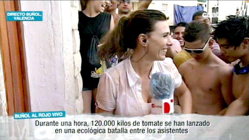 Verónica Sanz en la 'tomatina' de Buñol