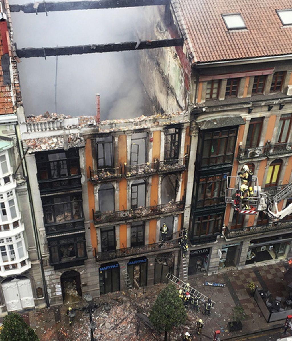 Así ha quedado el edificio emblemático incendiado en Oviedo