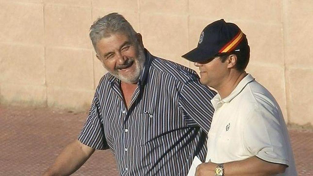 El narcotraficante gallego Laureano Oubiña a su salida de la cárcel tras pasar más de 20 años en la cárcel.