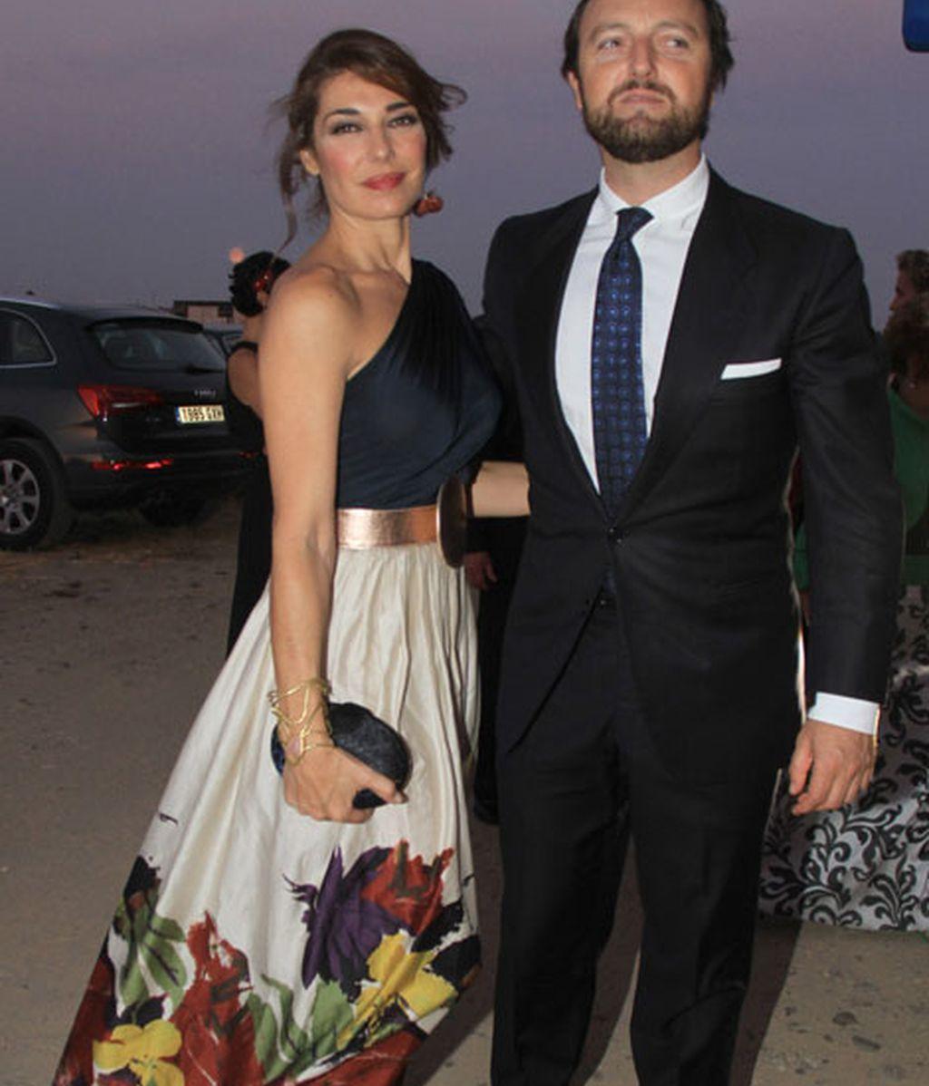 La modelo Raquel Revuelta eligió un favorecedor vestido